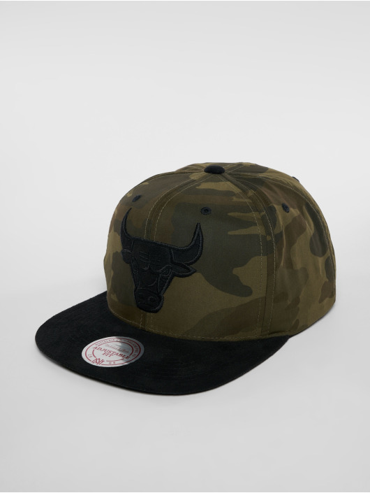 Mitchell & Ness Snapback Cap Woodland Camo Chicago Bulls mimetico