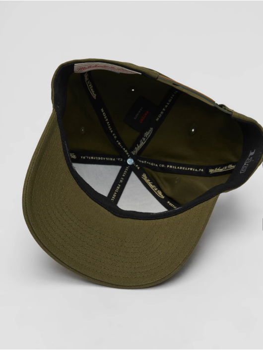 Mitchell & Ness Snapback Cap Sporting Goods olive