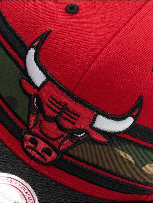 Mitchell & Ness Snapback Cap Woodland Chicago Bulls Covert red