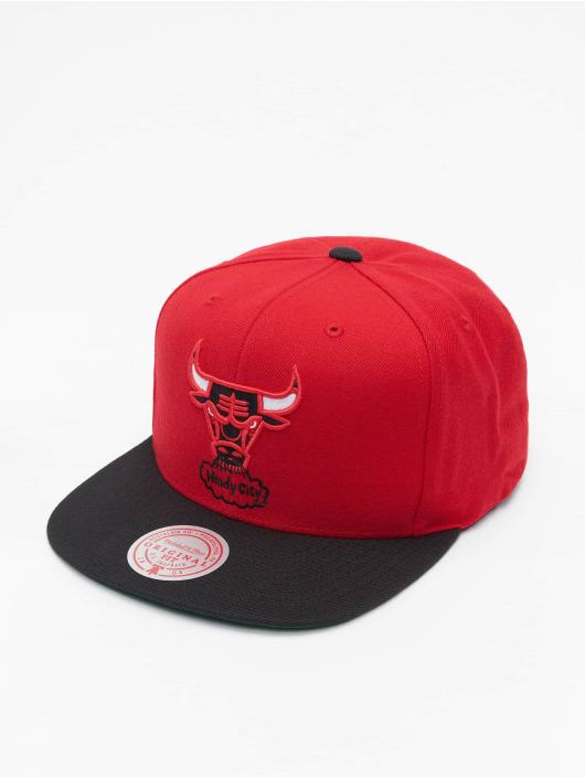 Mitchell & Ness Snapback Cap Wool 2 Tone HWC Chicago Bulls rot