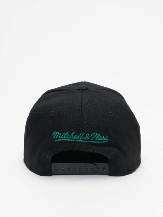 Mitchell & Ness Snapback Cap Chrome Logo Boston Celtics schwarz
