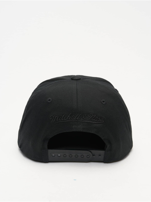 Mitchell & Ness Snapback Cap T. Raptors Team Logo Deadstock Throwback schwarz