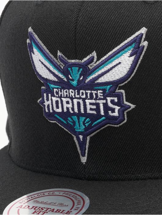 Mitchell & Ness Snapback Cap NBA Charlortte Hornets Wool Solid schwarz