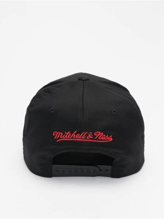 Mitchell & Ness Snapback Cap NBA Chicago Bulls Neon Lights schwarz