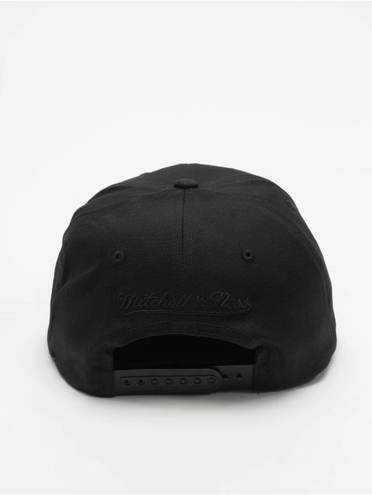 Mitchell & Ness Snapback Cap NBA Team Logo Deadstock Throwback schwarz