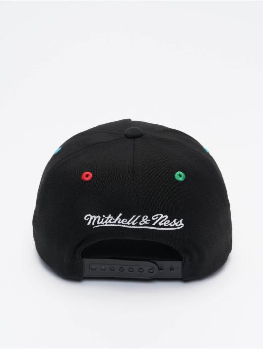 Mitchell & Ness Snapback Cap RGB Stretch Chicago Bulls schwarz