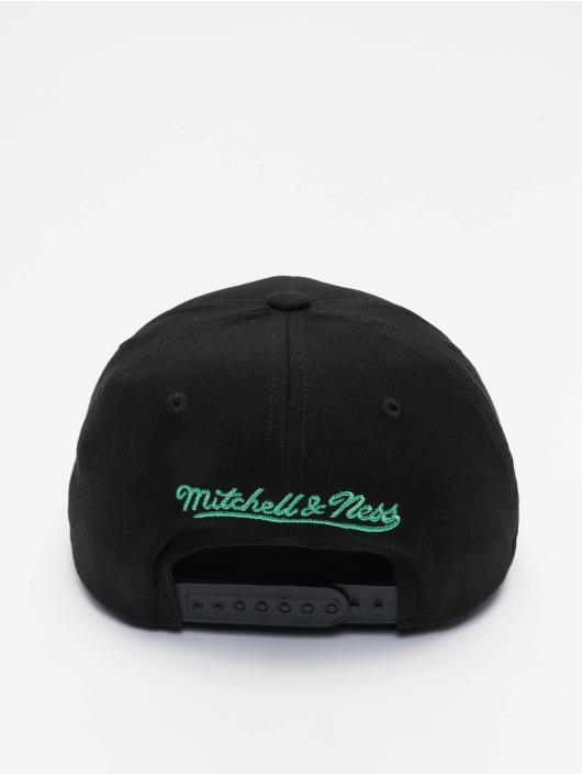 Mitchell & Ness Snapback Cap Nitro Wave Redline Milwaukee Bucks schwarz