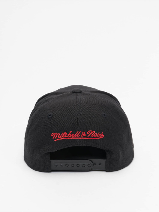 Mitchell & Ness Snapback Cap Foundation Script HWC Chicago Bulls schwarz