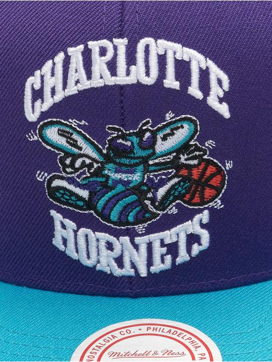 Mitchell & Ness Snapback Cap Wool 2 Tone HWC Charlotte Hornets violet
