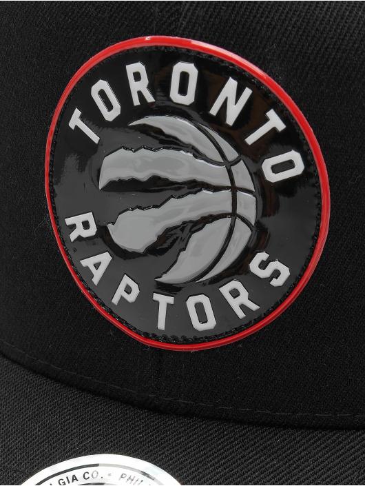 Mitchell & Ness snapback cap Chrome Logo Toronto Raptors zwart