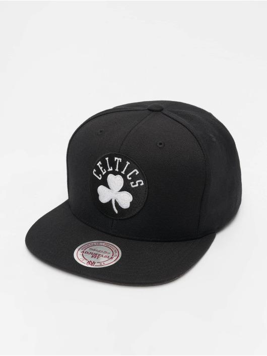 Mitchell & Ness Snapback Caps NBA Boston Celtics Wool Solid čern