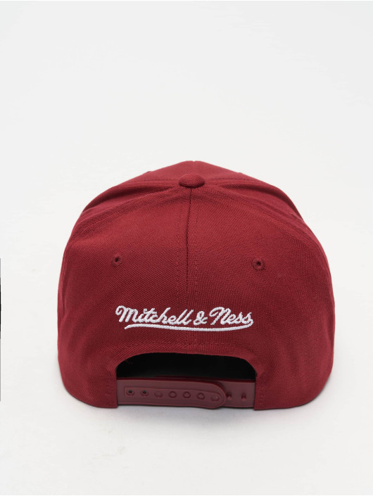 Mitchell & Ness Snapback Caps 110 Curved Interlocked OB červený