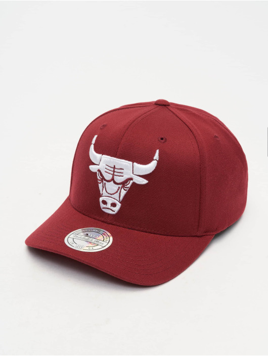 Mitchell & Ness Snapback Caps NBA Chicago Bbulls 110 Curved červený