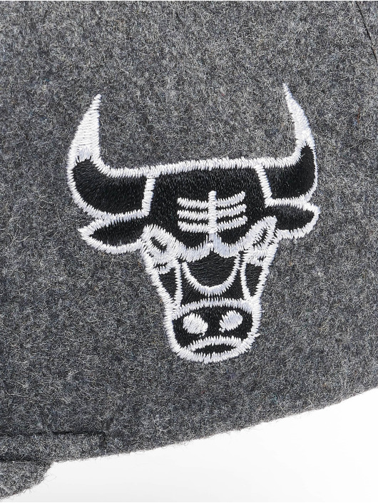 Mitchell & Ness Snapback Caps NBA Chicago Bulls Melton COD šedá