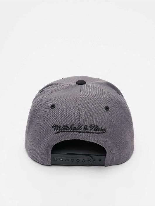 Mitchell & Ness Snapback Caps Branded Box Logo grå