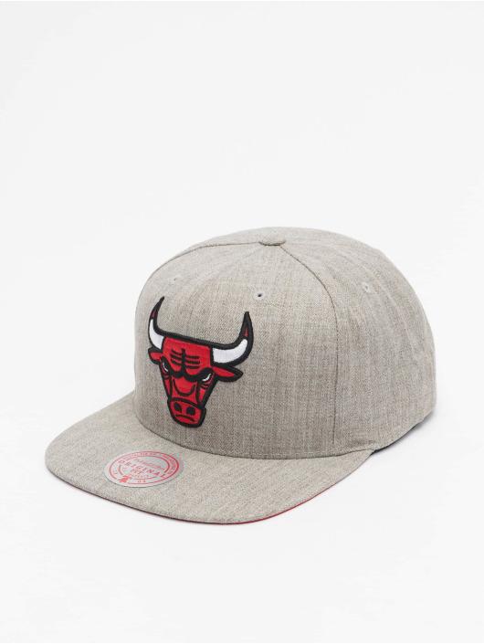 Mitchell & Ness Snapback Caps Team Heather Chicago Bulls grå
