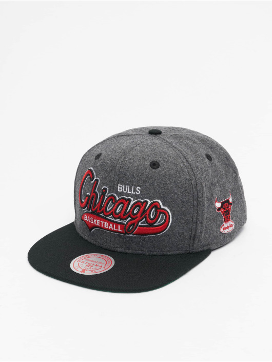 Mitchell & Ness Snapback Caps NBA Chicago Bulls HWC Melton COD grå