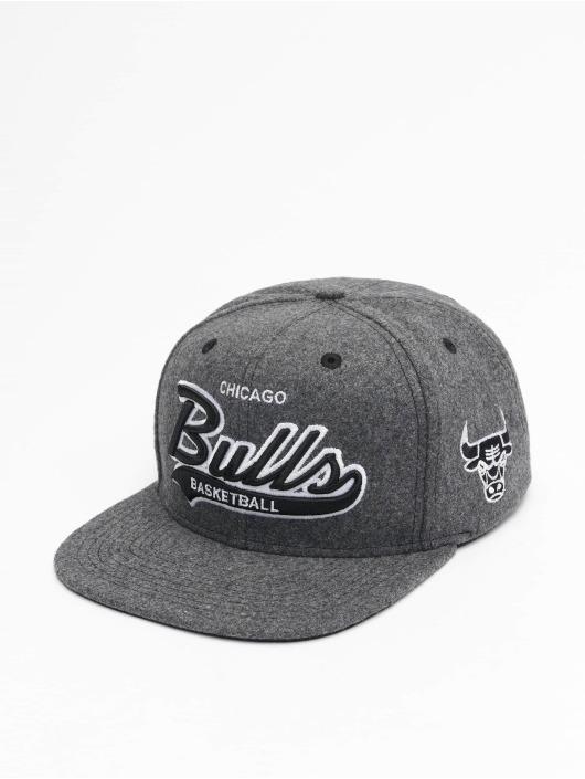 Mitchell & Ness Snapback Caps NBA Chicago Bulls Melton COD grå
