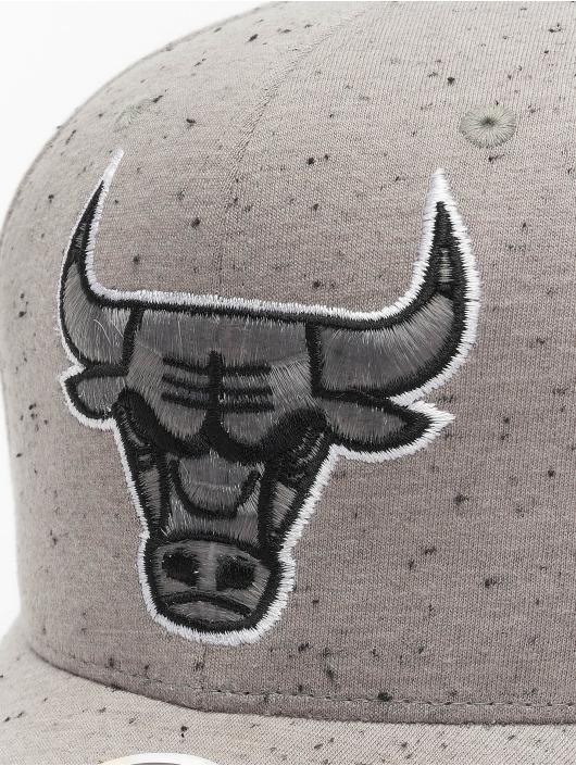 Mitchell & Ness Snapback Caps Chicago Bulls Speck harmaa