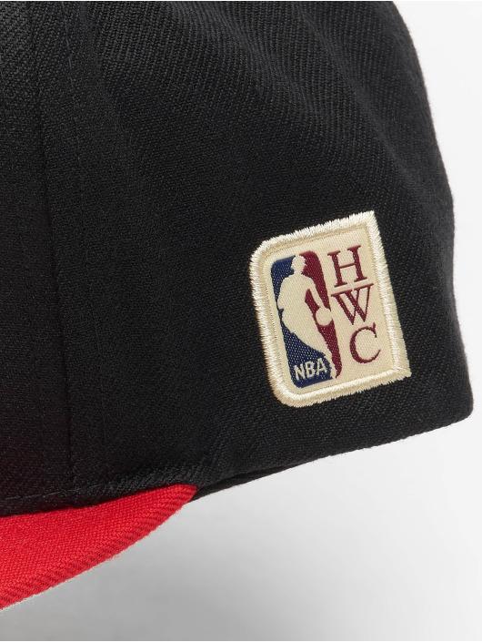 Mitchell & Ness Snapback Caps Chicago Bulls HWC Team Arch musta