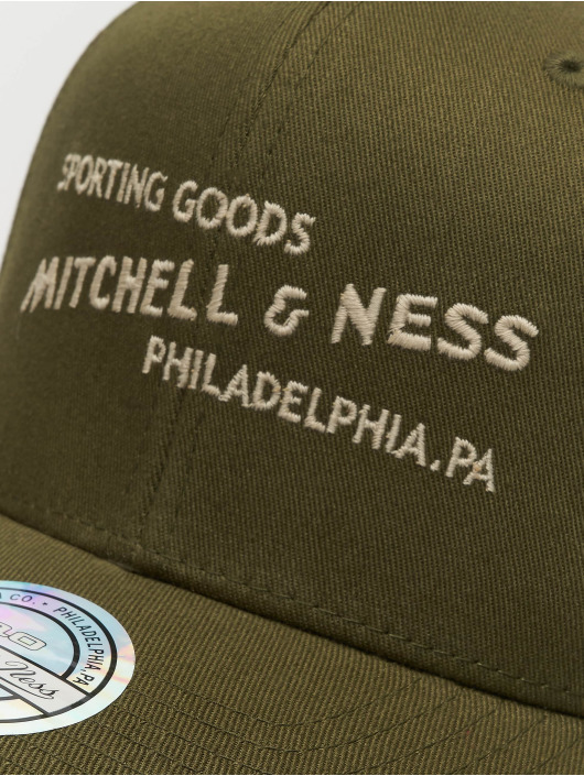 Mitchell & Ness Snapback Caps Sporting Goods olivový