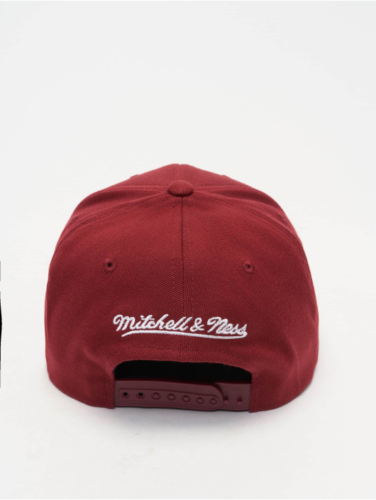 Mitchell & Ness Snapback Caps NBA Chicago Bbulls 110 Curved punainen