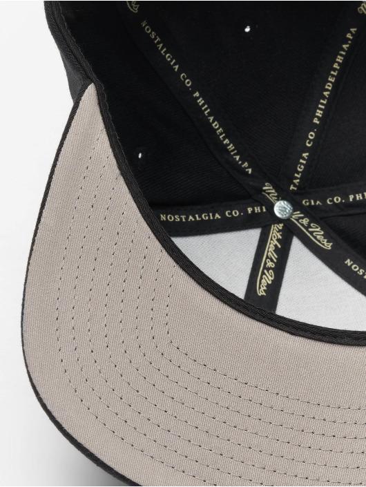 Mitchell & Ness Snapback Caps NBA Boston Celtics Wool Solid svart