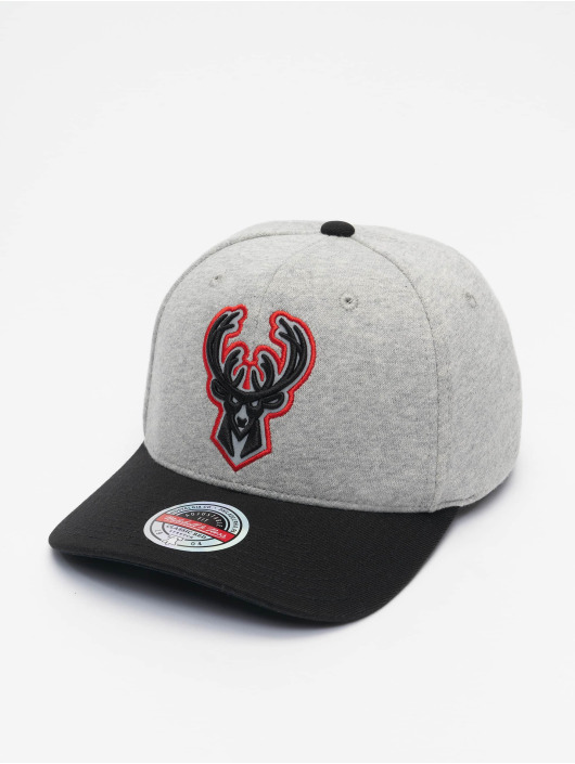 Mitchell & Ness Snapback Caps 186 Redline Milwaukee Bucks szary