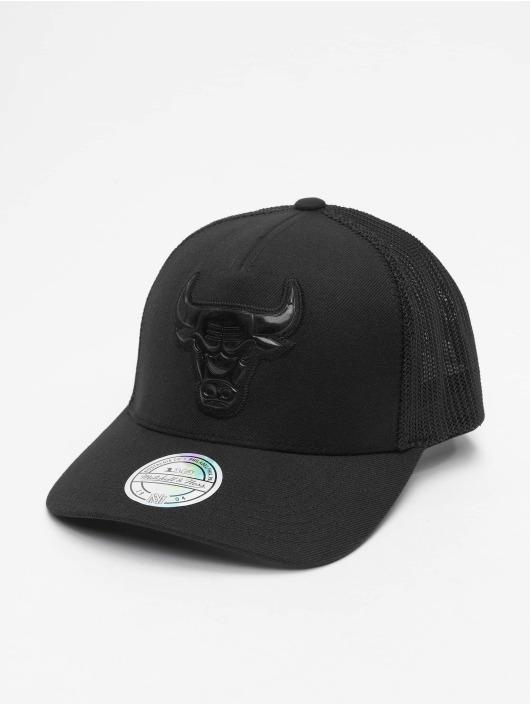 Mitchell & Ness Trucker Cap NBA Zig Zag Chicago Bulls schwarz