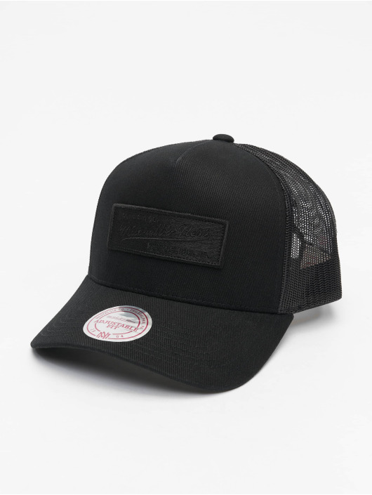 Mitchell & Ness Trucker Cap Own Brand Box Logo Classic schwarz