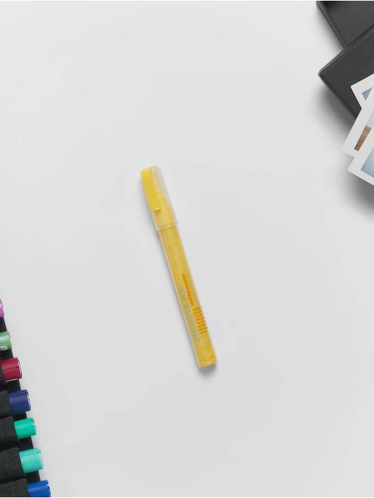 Montana Marker Acrylic Marker EXTRA FINE 0,7mm shock yellow light gelb