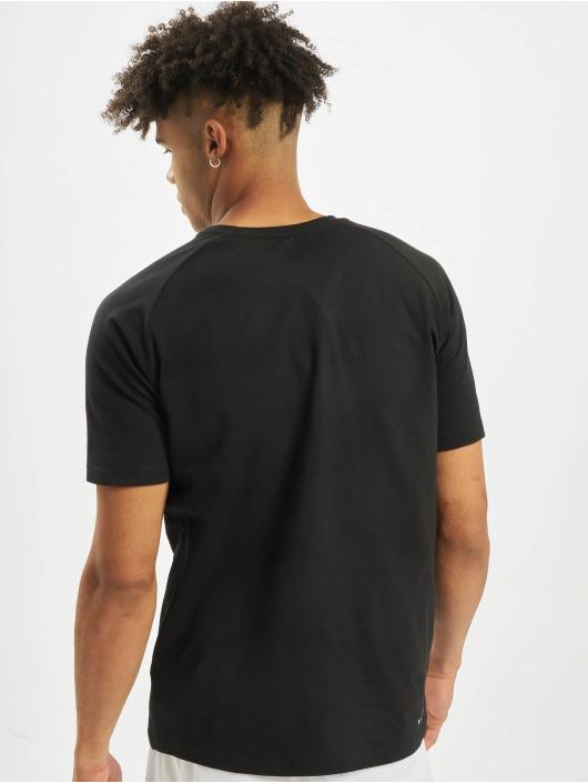 MOROTAI t-shirt Premium Brand Basic zwart