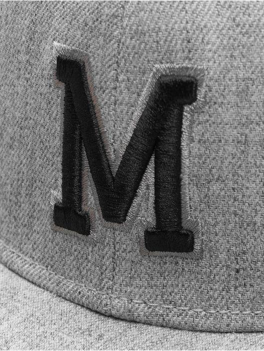 MSTRDS Snapback M Letter šedá