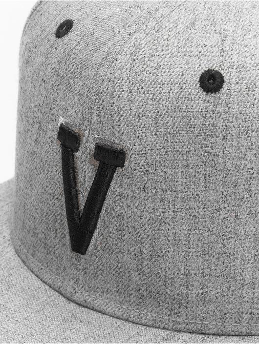 MSTRDS Snapback Cap V Letter gray