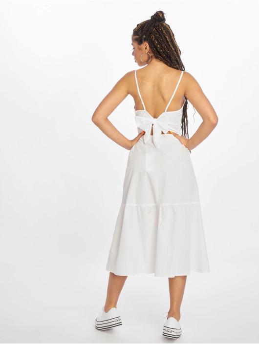 NA-KD Robe Tie Back Broiderie Anglais blanc