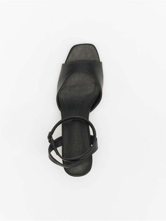 NA-KD Sandalen Heeled Strap schwarz