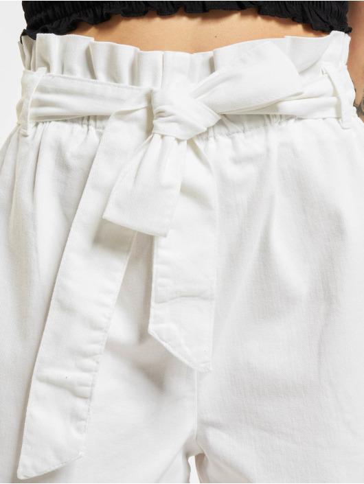 NA-KD shorts Loop wit