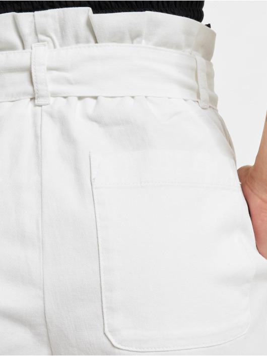 NA-KD Shortsit Loop valkoinen