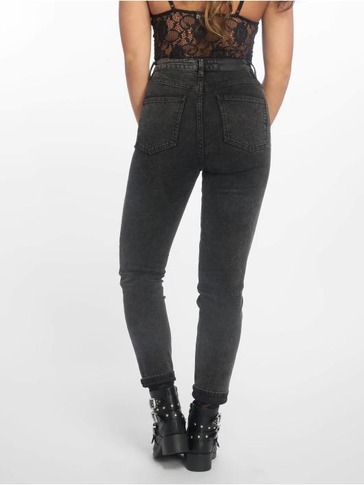 NA-KD Skinny Jeans High Rise čern