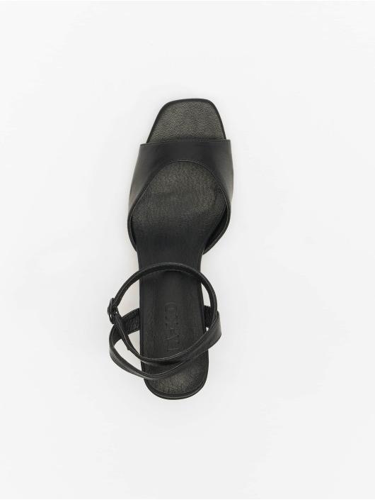 NA-KD Slipper/Sandaal Heeled Strap zwart