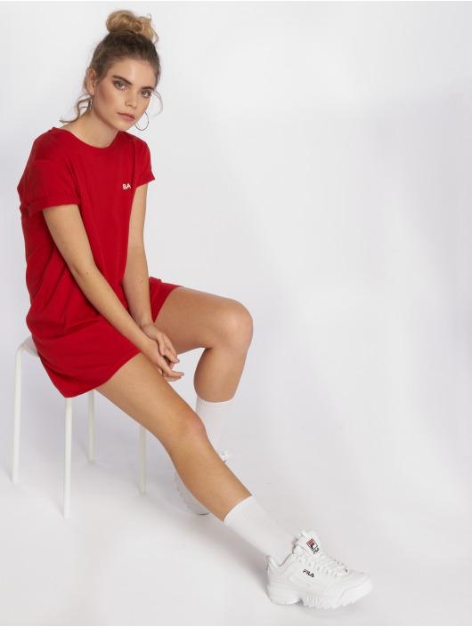 NA-KD Sukienki Babe czerwony