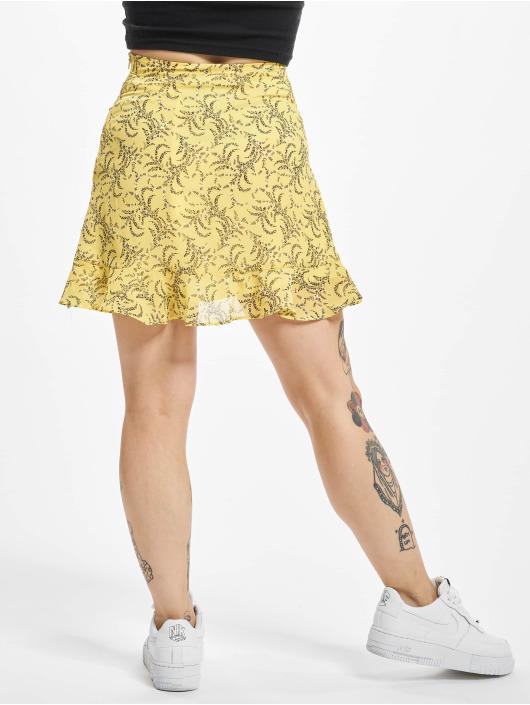 NA-KD Sukně Floral Printed žlutý