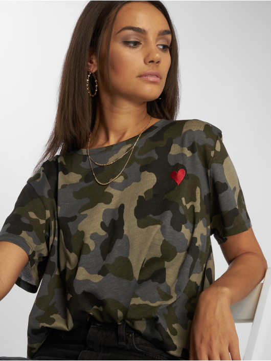 NA-KD T-paidat Heart camouflage