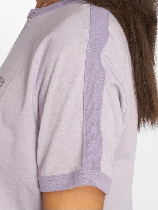 NA-KD T-paidat Babe Embroidery purpuranpunainen
