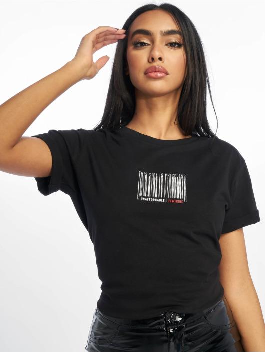 NA-KD T-Shirt Priceless black