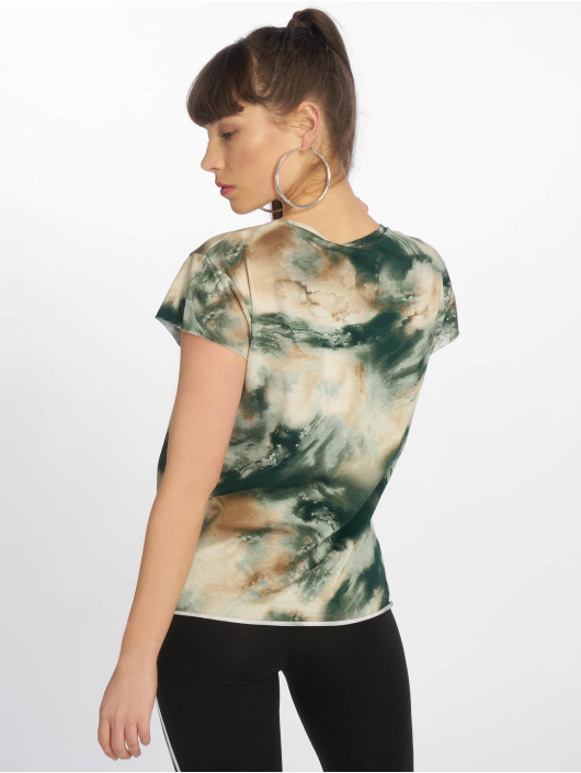 NA-KD T-Shirt Aquarelle Printed Raw Edge green
