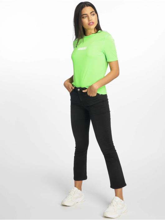 NA-KD T-Shirt Neon Logo grün