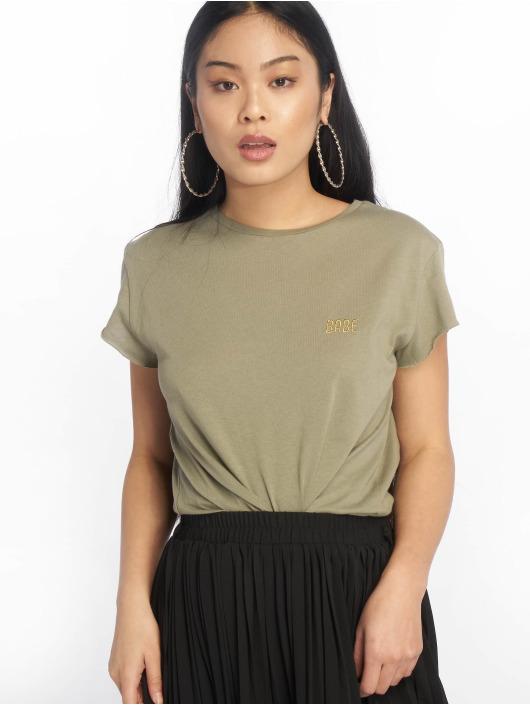 NA-KD T-Shirty Babe Basic oliwkowy