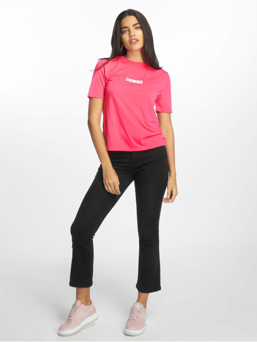 NA-KD T-skjorter Neon Logo lyserosa