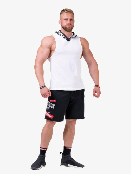 Nebbia Shorts Logo sort